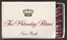 Luciferdoosje. THE HEMSLEY PALACE. New York. Le Trianon. Matchbox Allumettes Luciferdoos Lucifer Lucifermap - Matchboxes