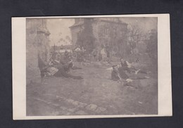 Carte Photo Guerre 14-18 Poilcourt Sidney (08) Groupe De Soldats Allemands Cimetiere Gräber Tombes Deutsche Armee - Autres Communes