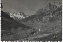 CPSM 05 ( Hautes Alpes ) - L'ARGENTIERE - Vue Sur Le Massif Du Pelvoux Et La Route De Briancon A Guillestre - L'Argentiere La Besse