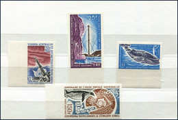 ** T.A.A.F. 3 Non Dentelés Et Un Essai De Couleur Non Dentelé, 1966-1974, TB - French Southern And Antarctic Territories (TAAF)
