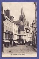 Z967) VANNES Rue Animée 1914 (TRES LEGERE TRACE D' UN CHIFFRE AU CRAYON 1 ANGLE Sinon TTB état) - Vannes