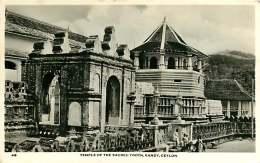 180618 - ASIE SRI LANKA CEYLON Temple Of The Sacred Tooth KANDY - Sri Lanka (Ceylon)