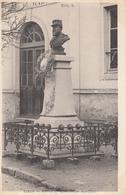 77  ESBLY  Statue Du Commandant Bertault - Esbly