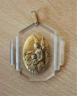 Religion ésotérisme - Ancienne Médaille Laiton Sur Plaquette - Religion & Esotérisme