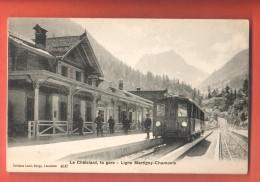 DA10-20 Ligne Martigny--Chamonix  La GARE Du Chatelard, ANIME Non Circulé. .Burgy 4647, Petite Trace De Colle Au Dos - VS Valais