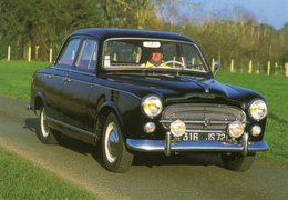 Peugeot 403 Berline  -  1966  -  15 X 10 Cms PHOTO - Cars