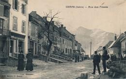 H145 - 38 - CORPS - Isère - Rue Des Fossés - Départ Du Facteur - Corps