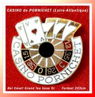 SUPER PIN'S JEUX-VILLE : CASINO De PORNICHET En Loire Atlantique, Format 2X2cm - Games