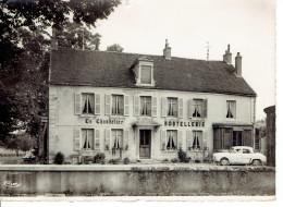 Meursault Hostellerie Le Chandelier  Dauphine.. - Meursault