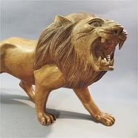 ~ LION EN BOIS SCULPTE - Animal Sculpture Statue - Wood