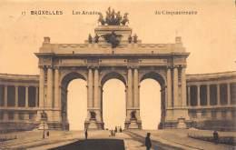 BRUXELLES - Les ArcadeS Du Cinquantenaire - Monumenten, Gebouwen
