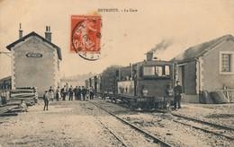 H145 - 38 - HEYRIEUX - Isère - La Gare - Tramway - Autres Communes