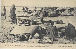 21- A.E.F.  FORT-LAMY - Un Marché Sur Les Bords Du Chari  -ed. F.N. - Tchad
