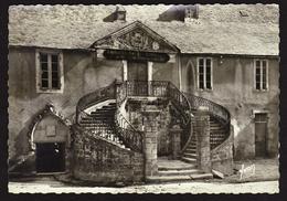 D 56 - VANNES - L'Ancienne Mairie - CPSM Signée Yvon - Vannes