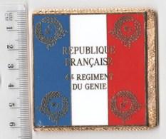 DRAPEAU 4° RG REGIMENT DU GENIEL En Métal Doré - Drapeaux