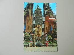 INDONESIE AN ACT IN BARONG DANCE BALI - Indonésie