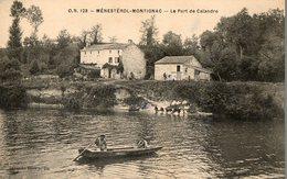 CPA MENESTEROL MONTIGNAC. Le Port De Calandre, Barque, Laveuses, Lavandiéres. - Altri Comuni