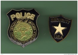 POLICE USA *** Lot De 2 Pin's Differents *** 0031 - Police