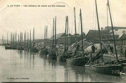 Le Faou Les Bateaux De Sable En File Indienne Circulee En 1915 - France