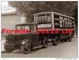 Reproduction D'une Photographie D'un Camion Chenard Walcker Pour La Marque Byrrh - Reproductions