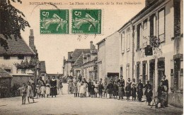 89 BOUILLY  La Place Et Un Coin De La Rue Principale (TOP) - France