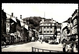 HAYANGE - La Place Du Marché - Hayange