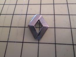 1214e Pin's Pins / Beau Et Rare : Thème AUTOMOBILE / LOSANGE LOGO RENAULT METAL ACIER - Renault