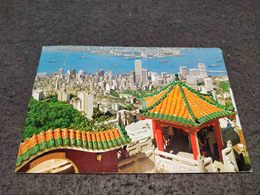 ANTIQUE POSTCARD HONG KONG & KOWLOON FROM THE PEAK  CIRCULATED 1978 - China (Hong Kong)