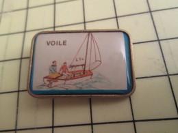 1215b Pin's Pins / Beau Et Rare : Thème SPORTS / VOILE VOILIER DERIVEUR - Sailing, Yachting