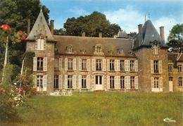 Hugemont Dompierre Sur Helpe Château - France
