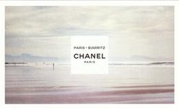 """CHANEL  """"Les EAUX De CHANEL""""  * Biarritz*  Format Carte Postale - Cartes Parfumées"""