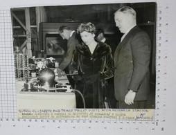 QUEEN ELIZABETH II AND PRINCE PHILIP - Vintage PHOTO (SF2-30) - Reproductions