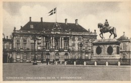 Denmark - Kobenhavn - Amalienborg - Rytterstatue - Denmark