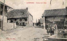 CPA    01  LOMPNIEU---AVENUE DE LA GARE - Frankreich