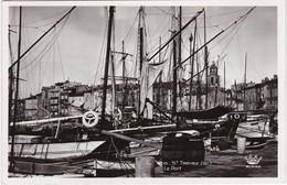 SAINT-TROPEZ - Le Port - Nombreux Bateaux - Saint-Tropez