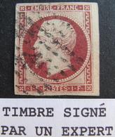 LOT R1749/146 - NAPOLEON III N°18 ➤➤➤ Timbre Signé ROUMET (expert) - LPC - VOISIN à DROITE - Cote : 3400,00 € - 1853-1860 Napoléon III