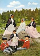 D29  Coiffes Et Costumes De Douarnenez Audierne Et Concarneau ..............  éditeur Jean à Audierne  N°21 132-5 - Bretagne