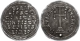 112 Basilus I., 867-886, Miliaresion (2,86g), Konstantinopel. Av: Krückenkreuz Auf Drei Stufen. Rev: 6 Zeilen Schrift. S - Byzantine