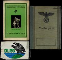 1428 Wehrpass Eines Sehr Jungen Soldaten (geboren 2.2.1928), Dazu DLRG Grundschein Mit Foto In HJ-Uniform Und DLRG Abzei - Documents