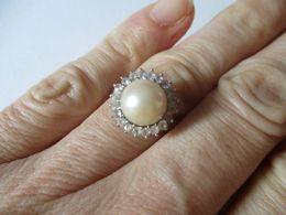 Anello Perla Naturale E Zirconi In Oro Bianco - Rings