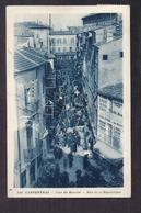 CPA 84 - CARPENTRAS - Jour De Marché - Rue De La République - TB PLAN STANDS ANIMATION CENTRE VILLE Journaux - Carpentras