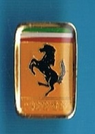 1 PIN'S //   ** LOGO ** FERRARI ** - Ferrari