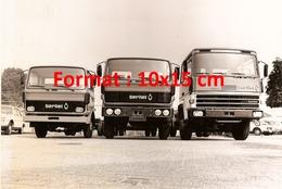 Reproduction D'une Photographie De Trois Camions Berliet - Reproductions