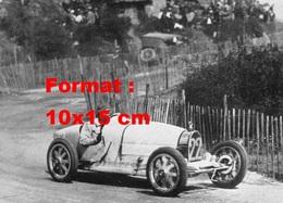 Reproduction D'une Photographie Ancienne D'une Bugatti T35 Numéro 22 En Course - Reproductions
