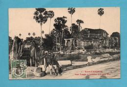 Cambodge Ruines D ' Angkor Vat Petit Temple à L ' Exterieur - Cambodge