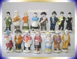 Les Villageois .. Série Complète De 15 Fèves ...Ref AFF : 11-1998 ... ( Pan15) - Characters