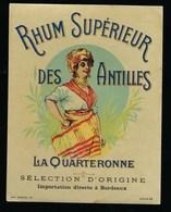 """Ancienne Etiquette Rhum  Supérieur Des Antilles La Quarteronne """" Femme Coiffe"""" étiquette Vernie  Imp Max Sidaine - Rhum"""