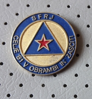 Civil Defense Celje Red Star Communism SLOVENIA Ex Yugoslavia Pin - Associations