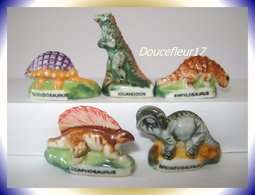 Dinosrois .. Lot De 5 ...Ref AFF : 46-1994 ... ( Pan14) - Animals