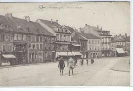 CPA - 57 - SARREBOURG - Place Du Marché - Magasins - Petite Animation -  TBE - - Sarrebourg